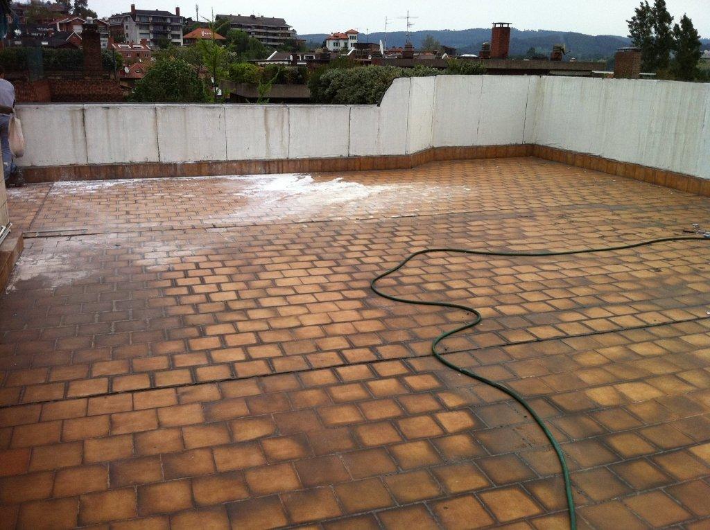 Terraza amarillenta antes de arreglar